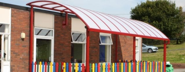 Curved Roof Playground Shelter