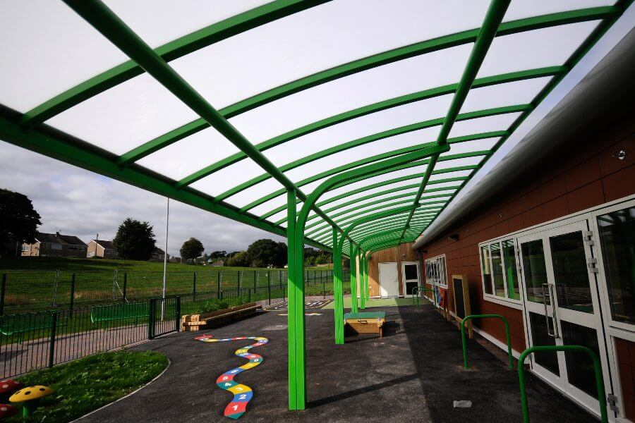 Green Curved Roof Cantilever Canopy