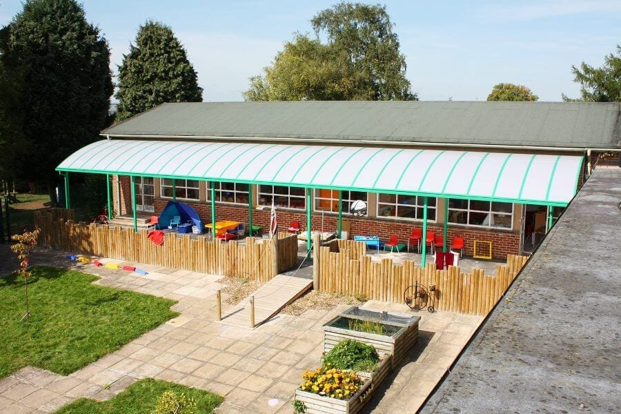 Ludlow Junior School Curved Roof Shelter