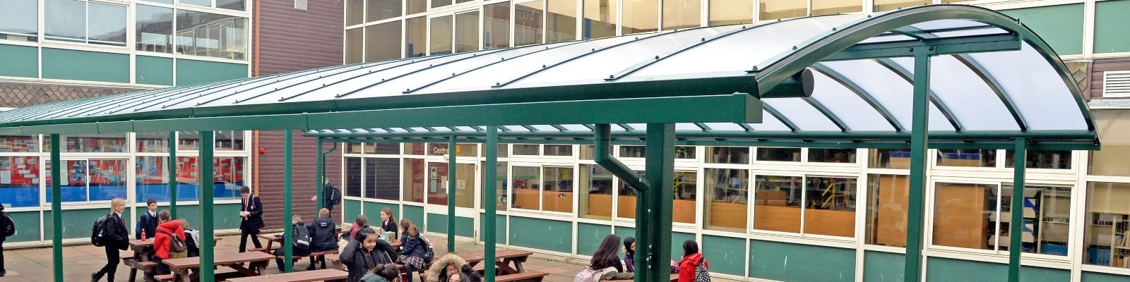 Rushcliffe School Green Curved Roof Shelter