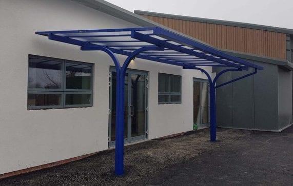 Hafod Y Wern Blue Shelter