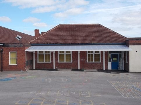 Canopy installed at Manor Primary School