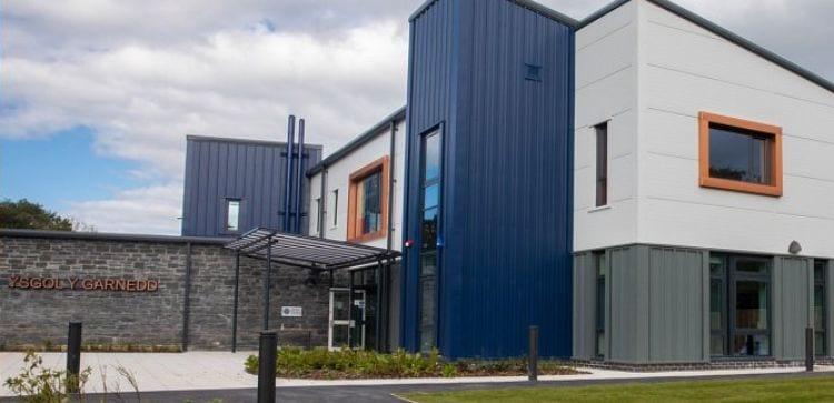 Straight roof shelter we fitted at Ysgol Y Garnedd