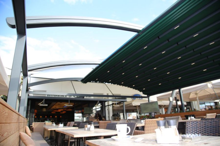 Green Retractable Roof Canopy